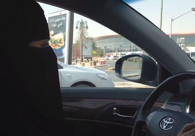Dans une vidéo, une Saoudienne brave les interdits