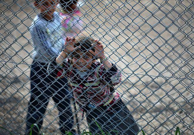 Djihad : des avocats exigent le retour des 200 enfants français et leurs mères détenus en Syrie