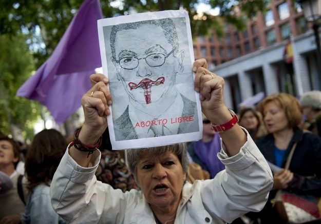 Droit à l'avortement : l'Espagne revient 30 ans en arrière