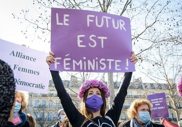 Droits des femmes : les « premières de corvées » appelées à « la grève de tout »