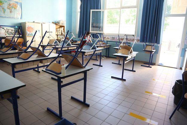 Écoles fermées en cas de Covid: «Pour les parents, c'est le système D»