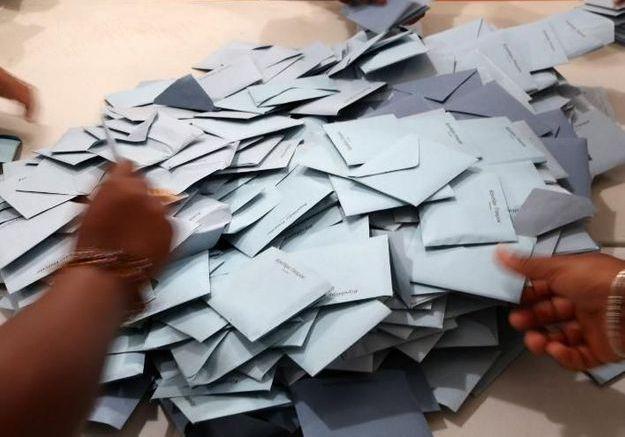 Elections régionales : une participation record et l'échec du FN
