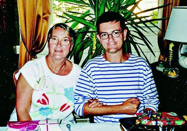 Entre colère et chagrin, la bouleversante lettre de la mère de Charb