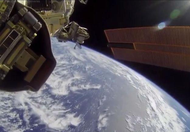 Foncez dans l'espace… depuis votre bureau !
