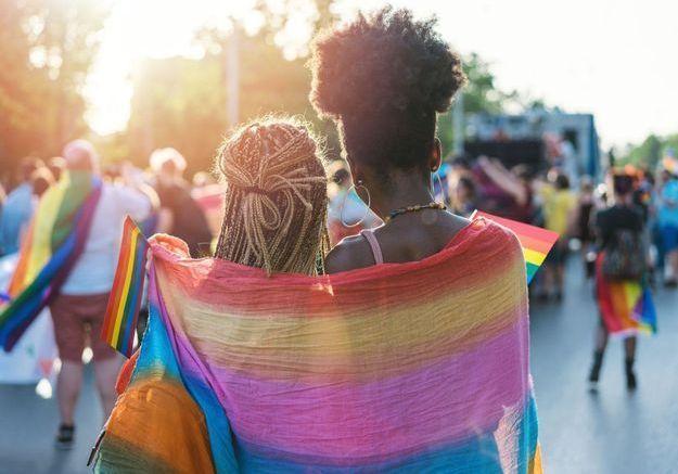 Homophobie : Facebook et Instagram interdisent enfin la promotion des « thérapies de conversation »