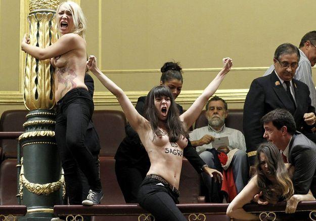 IVG : les Femen interpellent les députés espagnols