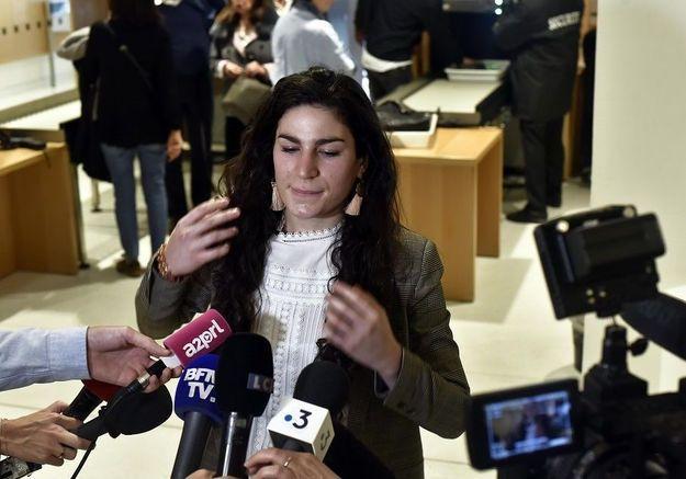« J'ai reçu des menaces de mort, de viol ou d'agressions » : la jeune femme agressée à Paris cyberharcelée