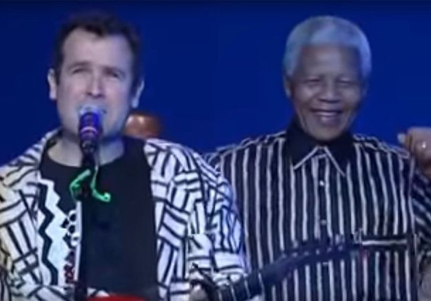 Johnny Clegg dansant avec Nelson Mandela : revivez ce moment exceptionnel