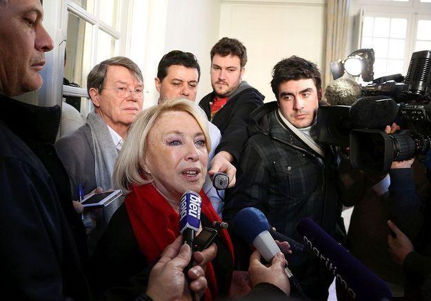 La maire d'Aix-en-Provence dénonce « un montage politique »
