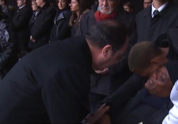 La mère de Clarissa Jean-Philippe, en pleurs face à François Hollande