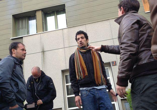 Le beau-père de Fiona attaque deux gardiens de prison
