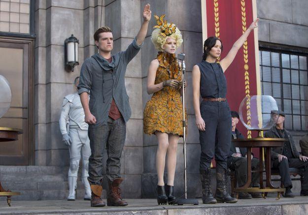 Le salut de Hunger Games, symbole de la protestation en Thaïlande