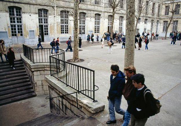 Les jeunes sont-ils vraiment plus critiques de la laïcité « à la française » ?