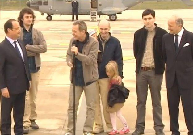 Les quatre ex-otages ont retrouvé leurs proches