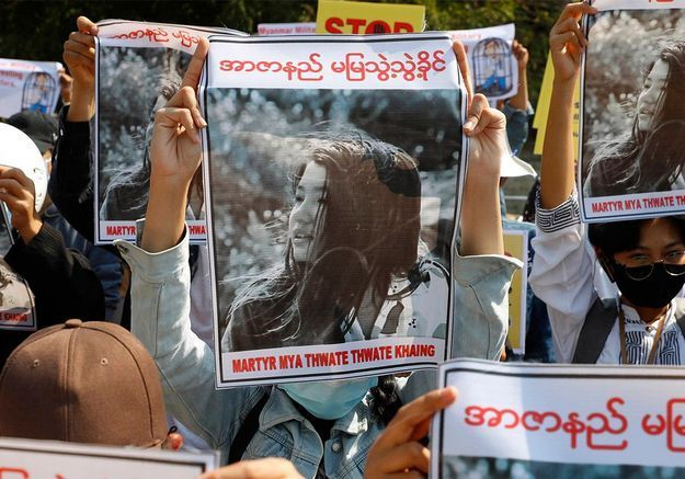 Manifestations en Birmanie : Mya, 20 ans, tombée sous les balles d'un officier