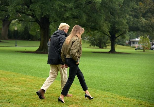 Melania Trump : comment une paire de talons crée la polémique aux Etats-Unis