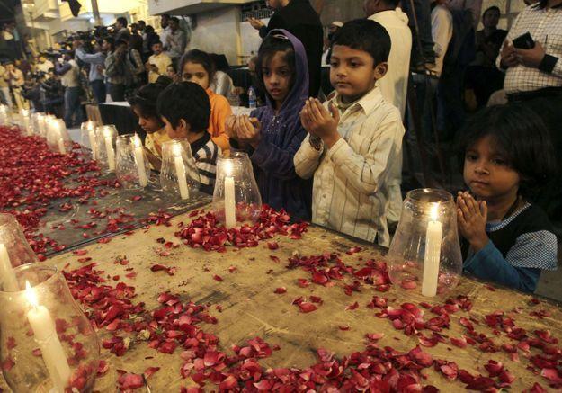 Pakistan : le deuil national décrété après un massacre dans une école