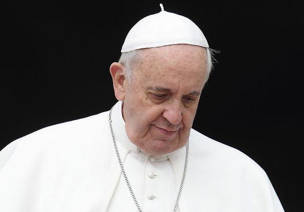 Rapport de la Ciase : Face aux abus sexuels, l'Eglise catholique au défi de la vérité Article réservé aux abonnés L'ancien haut fonctionnaire Jean-Marc Sauvé doit rendre publique mardi une enquête commandée par l'institution catholique sur les violences s Pedophilie-le-pape-demande-pardon