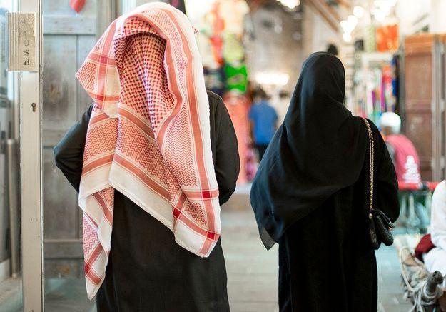 Qatar : Human Rights Watch dénonce les mesures de tutelle imposées aux femmes