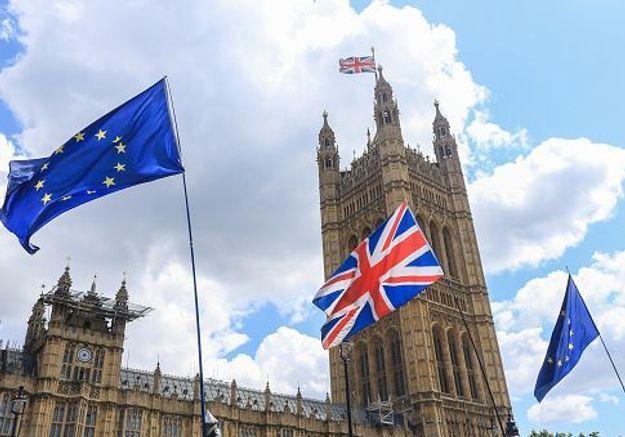 Quarantaine : pourquoi les Français sont-ils « punis » par le Royaume-Uni ?