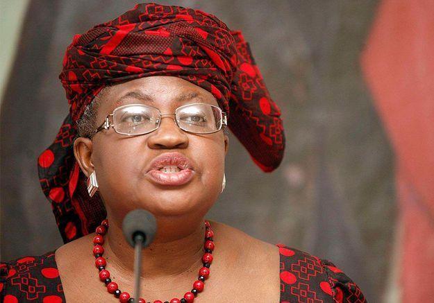 Qui est Ngozi Okonjo-Iweala, première femme à la tête de l'OMC ?