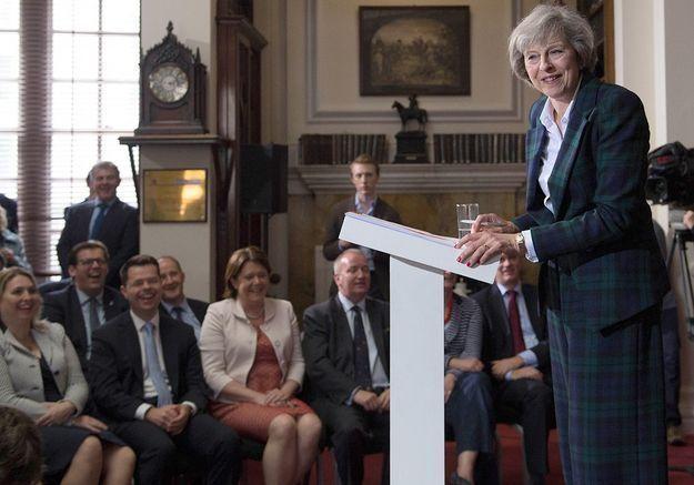 Qui est Theresa May, nouvelle Première ministre britannique