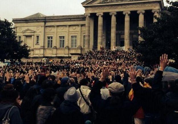 Racisme : manifestations de soutien à Christiane Taubira