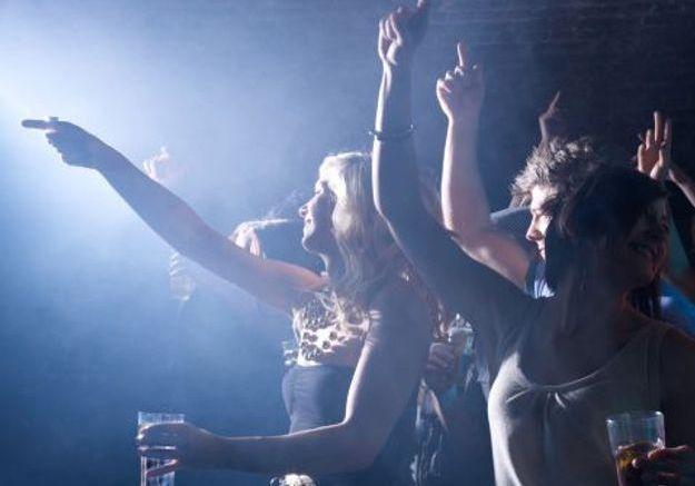 Réouverture des clubs : « C'est bien, les soirées jeux de société, mais j'ai envie d'aller danser »