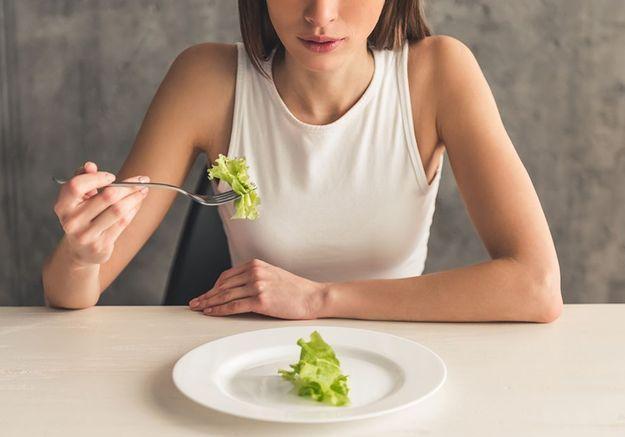 Sarah, 23 ans et boulimique : « Tant que je perds du poids, ma santé passe en dernier »