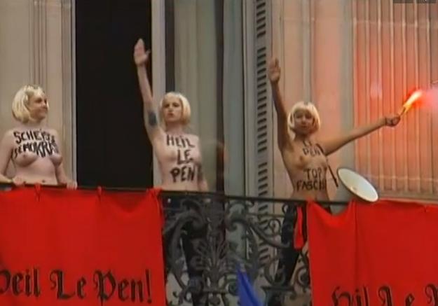 Trois Femen violemment évacuées après avoir interrompu le discours de Marine Le Pen