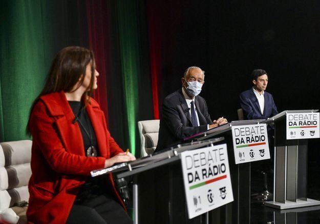 Un homme politique d'extrême droite se moque d'une adversaire, les Portugais répondent avec du rouge à lèvres