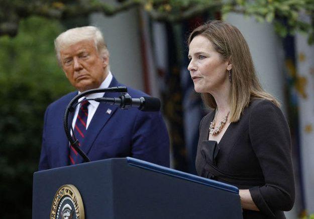 USA : pourquoi la nomination d'Amy Coney Barrett à la Cour suprême inquiète les démocrates