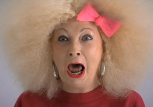 Vidéo: un relooking décalé pour oublier le cancer
