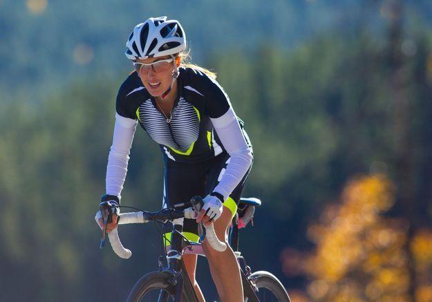 Violences faites aux femmes : des coureuses cyclistes accusent leurs directeurs sportifs et entraîneurs de harcèlement sexuel