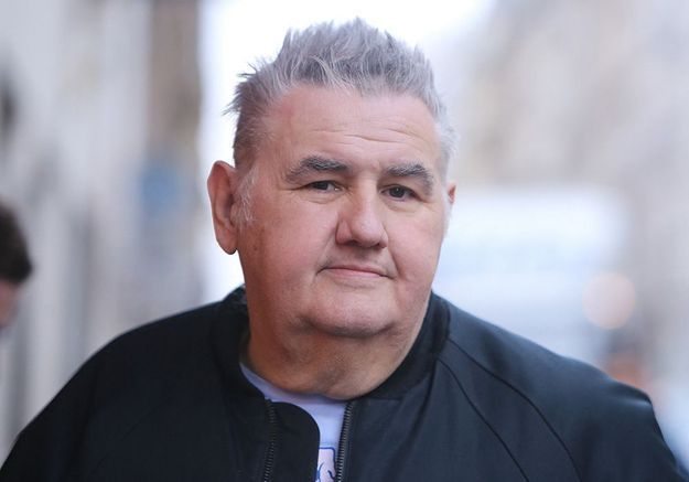 Accusations contre Pierre Ménès : le chroniqueur suspendu du Canal Football Club