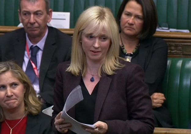 « Vous arrivez au point où vous avez peur de rentrer chez vous » : une députée britannique raconte l'enfer des violences conjugales