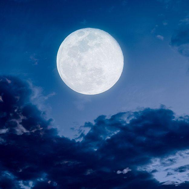 La pleine lune influence-t-elle notre sommeil ?