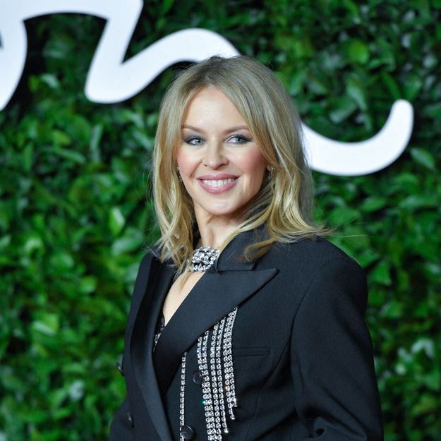 Kylie Minogue : on copie son beauty look pour nos soirées d'été