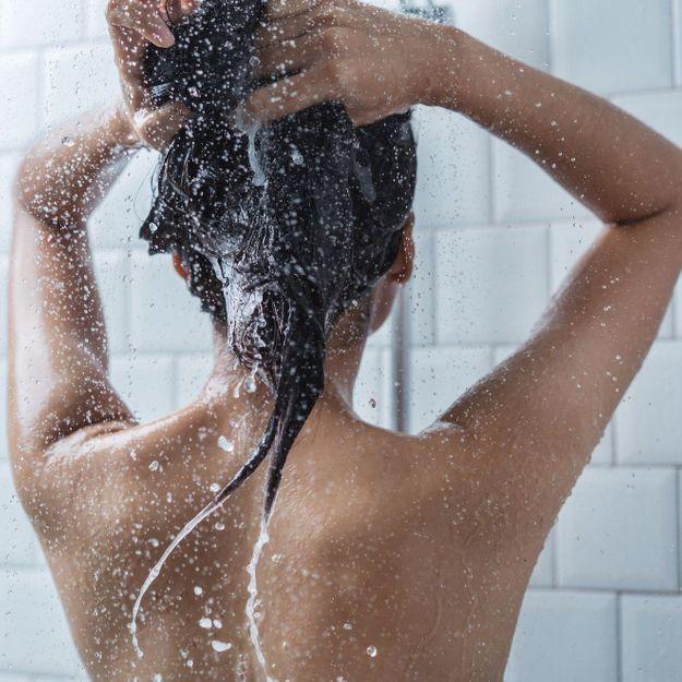 Comment réussir à espacer ses shampoings ?