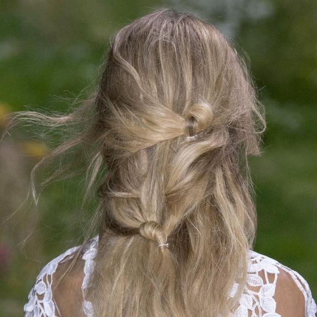 Comment se faire une coiffure nœud