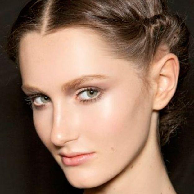 Comment faire une coiffure sur cheveux courts