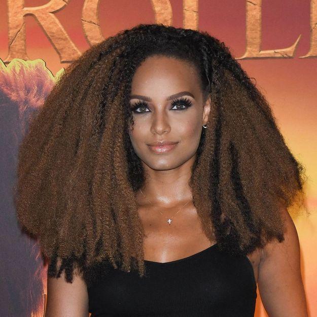 Alicia Aylies change de coupe de cheveux et elle n'a jamais autant ressemblé à Rihanna