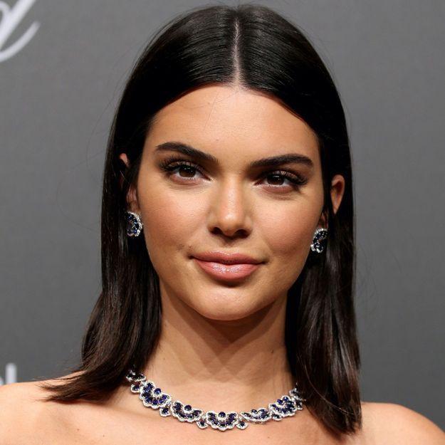 Avec son brushing vintage, Kendall Jenner annonce la prochaine tendance