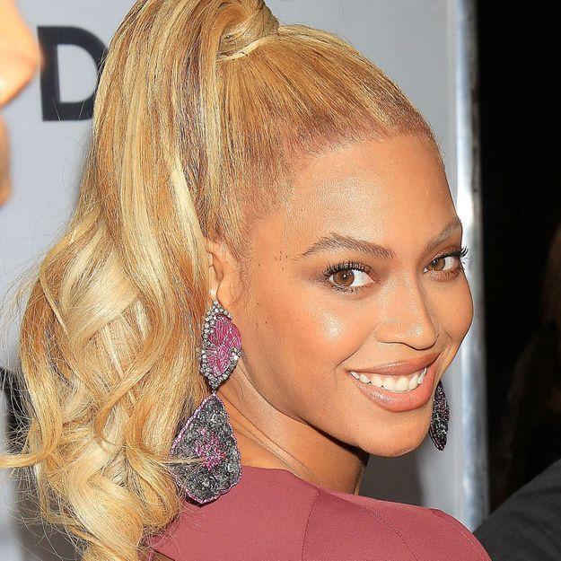 Beyoncé coiffée par sa mère, la scène qui émeut le web