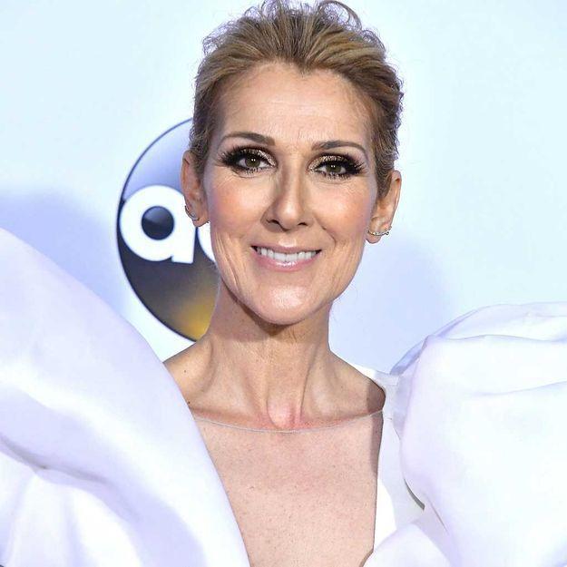 Céline Dion raffole de cette coiffure facile que l'on fait toutes