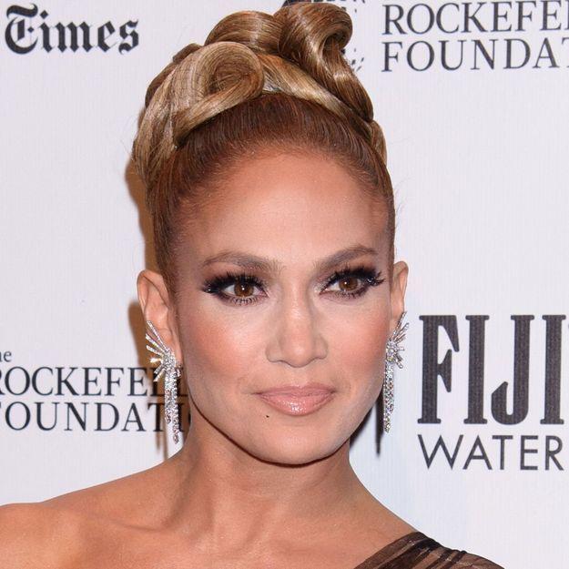 Jennifer Lopez : voici à quoi ressemblent ses cheveux au naturel
