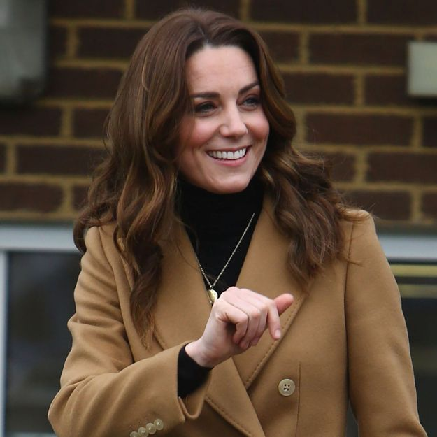 Kate Middleton change de coupe de cheveux et copie la coiffure de Meghan Markle