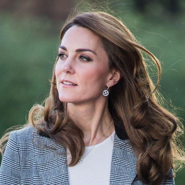 Kate Middleton craque pour cette jolie coiffure qu'elle portait déjà à son mariage