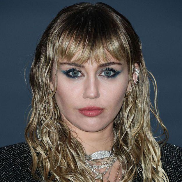 La coupe mulet revient en 2020 et c'est Miley Cyrus qui le prouve