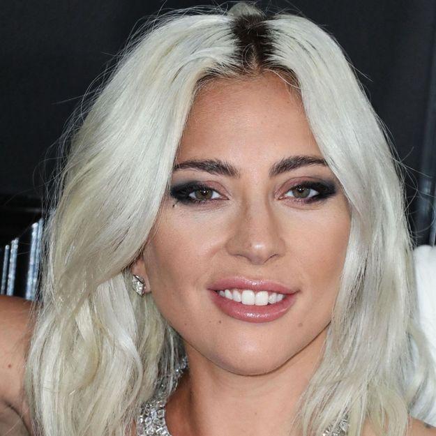 Lady Gaga craque à nouveau pour cette coloration stylée